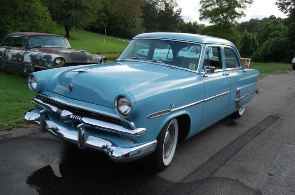 1953 ford 4 door flat head v8