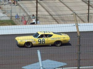 800px-Benny_Parsons'_1969_Ford_Talladega_Race_Car